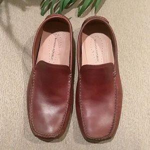 Banana Republic driving Moc